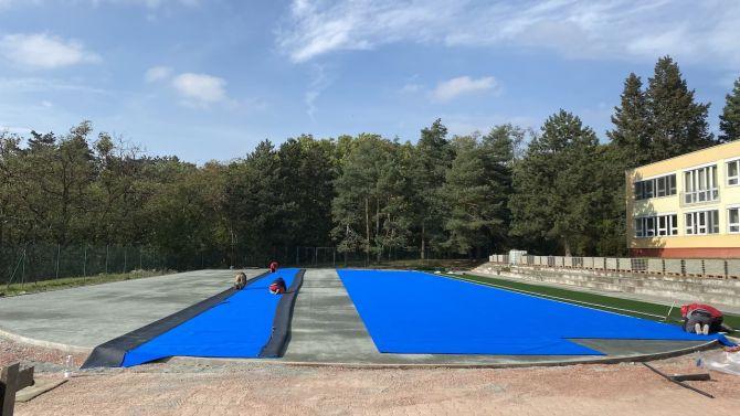 Výstavba víceúčelového sportoviště s běžeckou dráhou