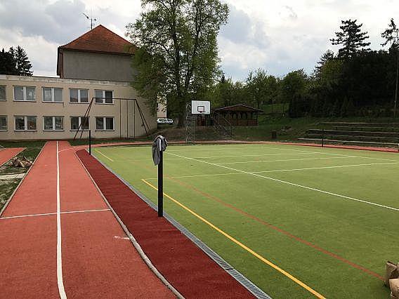 Oprava sportoviště v Uherském Hradišti