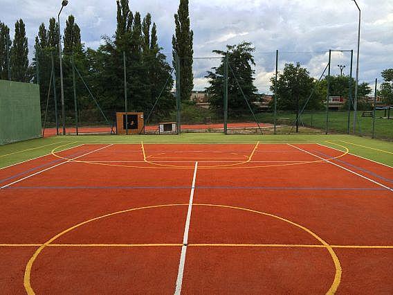 Tři sportoviště v průběhu revitalizace na Jižní Moravě