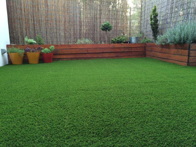 Inštalácia dekoratívnej umelej trávy
